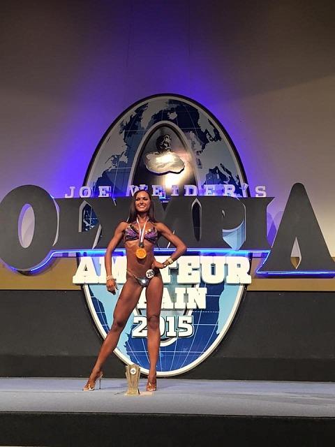 Елена Шелест (Харьков) - фитнес-бикини до 169 см - 1-е место