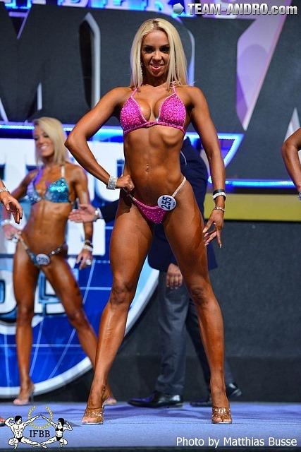 Анастасия Кабанова (Львов) - фитнес-бикини до 163 см - 2-е место