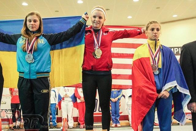 Сильнейшая тройка девушек до 52 кг